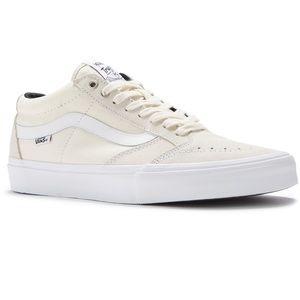 4973017dfbd1f3 Vans Shoes - vans tnt sg white white